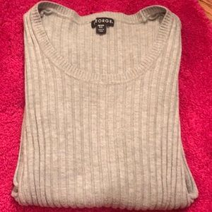 🎈3/$10🎈 Gray ribbed sweater XS